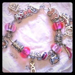 Jewelry - GIRLS NIGHT OUT BRACELET..........NEVER WORN  NWOT